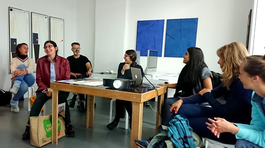 TIFA Working Studios lage egal presentation laugh